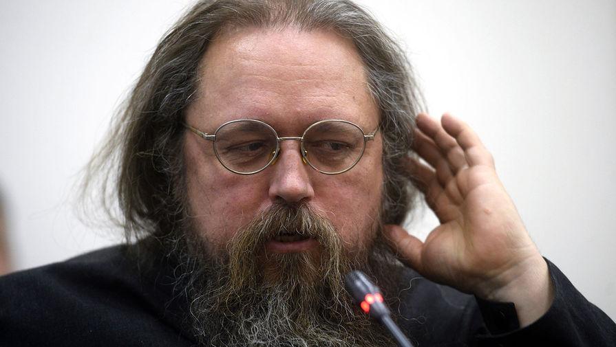 Протодиакон Кураев направил апелляцию на решение церковного суда о лишении его сана