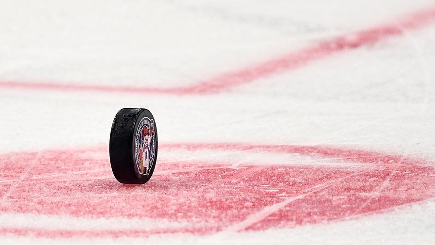 Капитан молодежной сборной Канады получил травму в матче с Россией