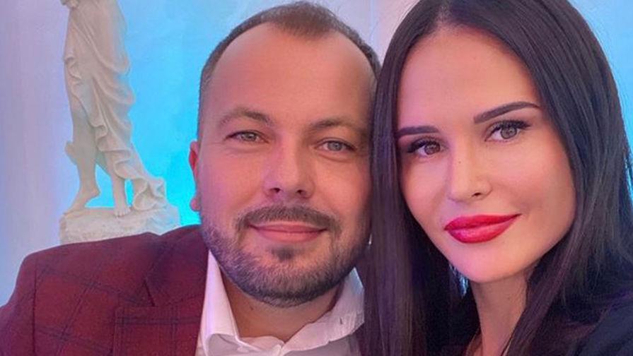 Похоронивший жену певец Сумишевский не стал отказываться от гастролей