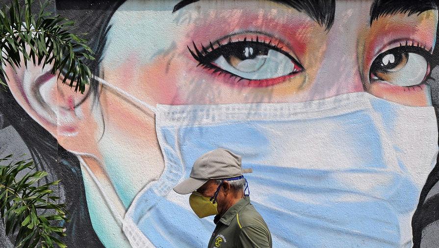 Мурашко опроверг слова Гинцбурга про отказ от масок после прививки