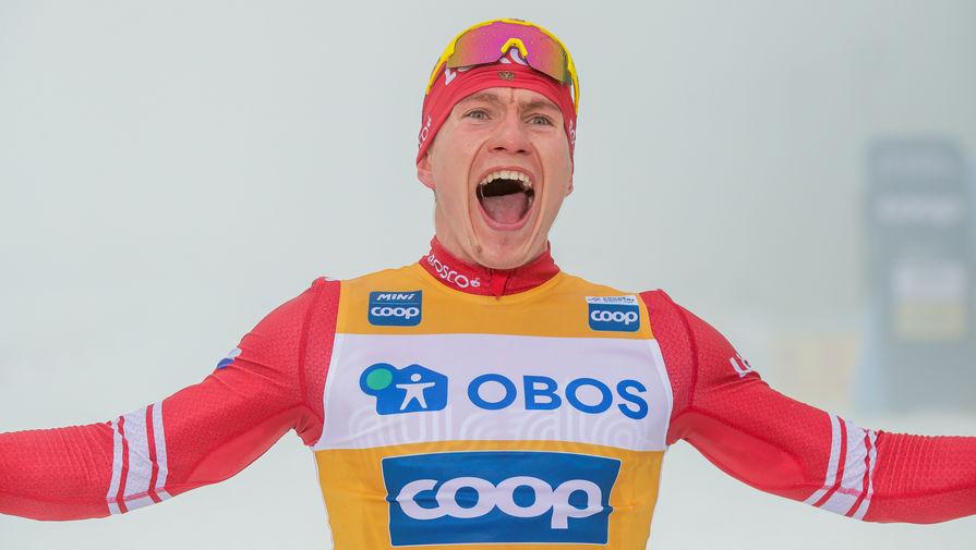 Большунов выиграл серебряную медаль на этапе Кубка мира по лыжам в Давосе