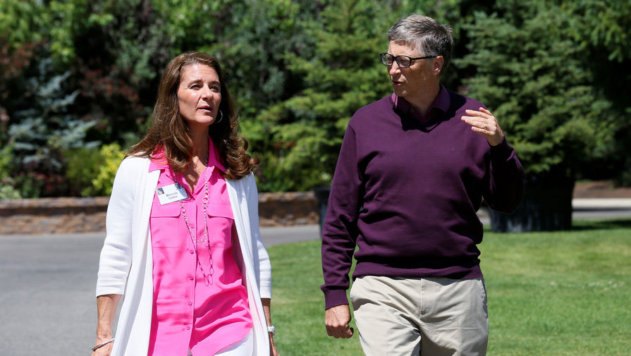 WSJ: жена Билла Гейтса начала готовиться к разводу из-за его контактов с Эпштейном