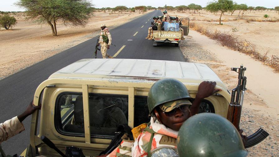 Reuters: боевики в Нигерии открыли огонь по возвращавшимся домой похищенным школьницам