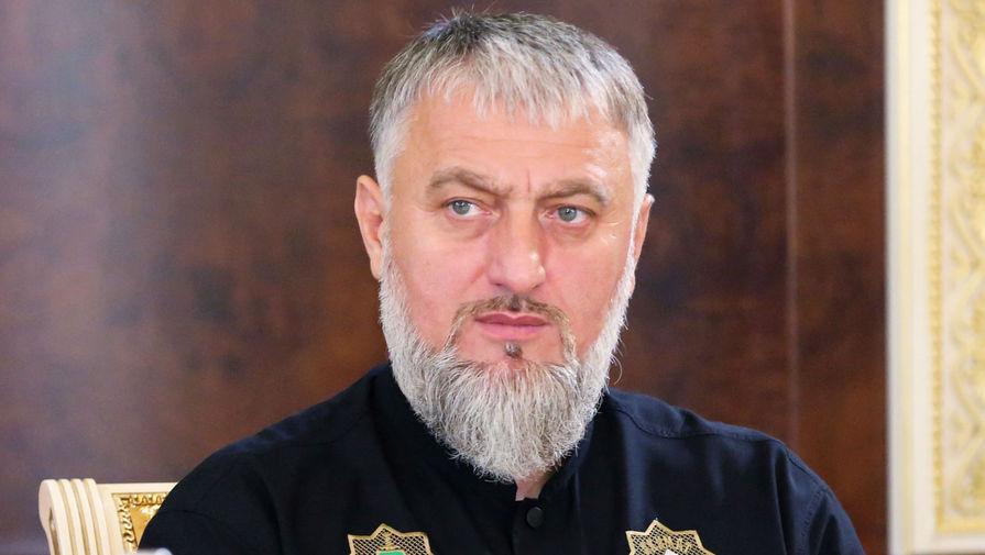 Депутат Госдумы от Чечни призвал подравшегося с ОМОНом юношу сдаться