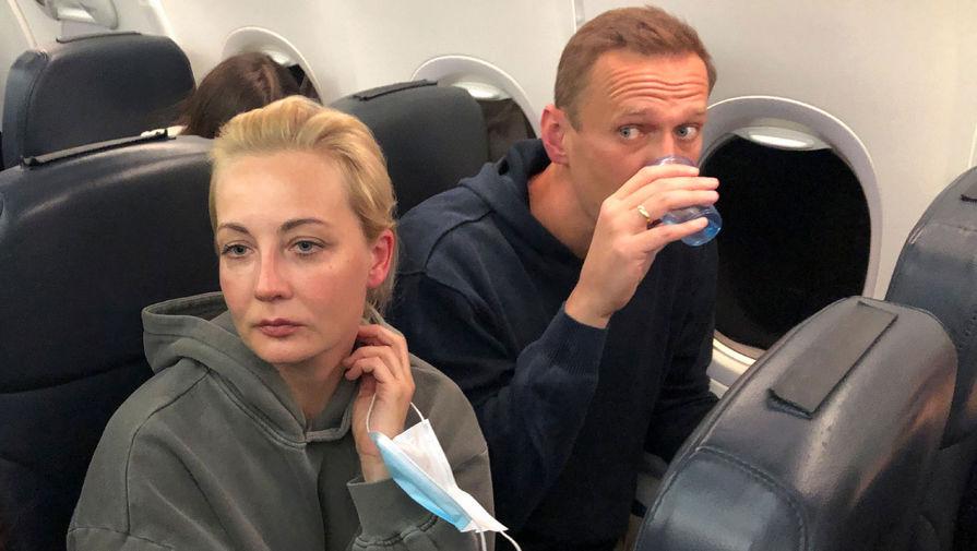 СМИ: супруга Навального улетела в Германию