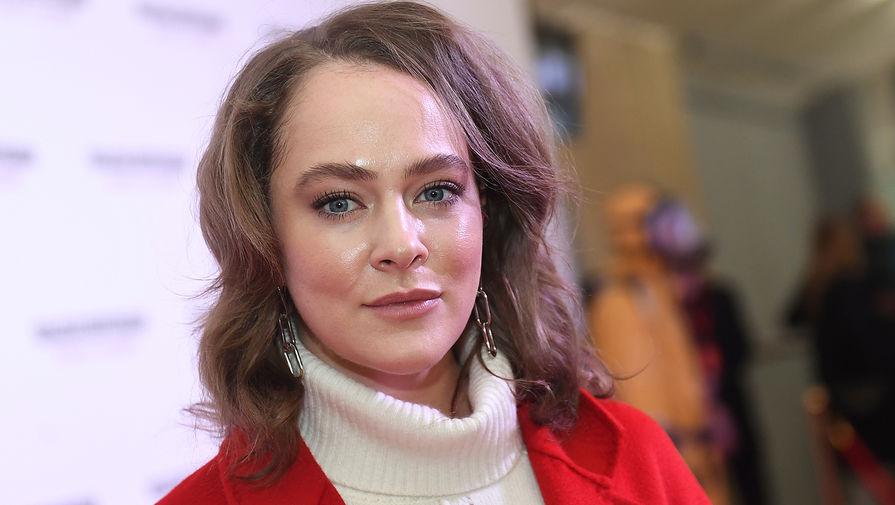 Аглая Тарасова оштрафована за участие в несогласованной акции