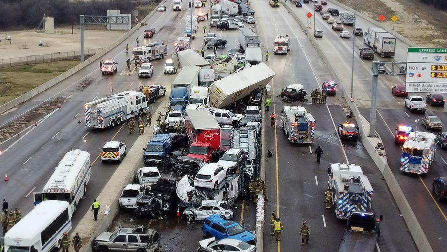 В ДТП в Техасе при столкновении 133 машин погибли шесть и пострадали 65 человек