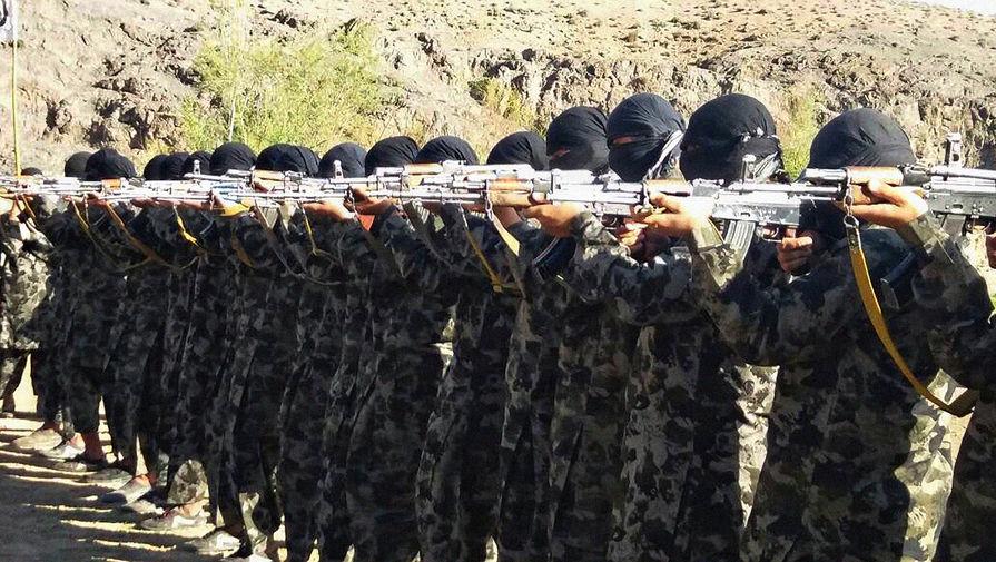 Талибы захватили главный переход через границу Афганистана и Таджикистана