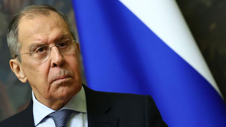 Лавров обсудил с главой МИД Армении обострение ситуации в республике
