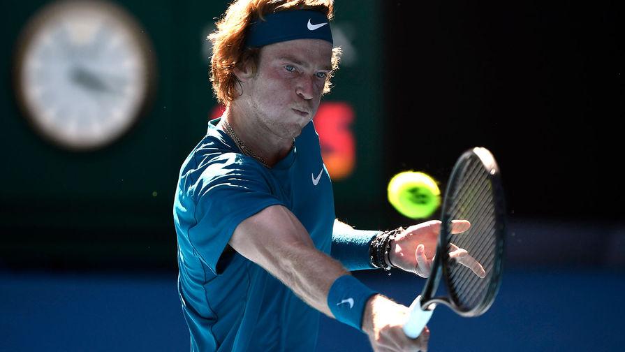 Андрей Рублев обыграл Циципаса и вышел в финал турнира в Роттердаме