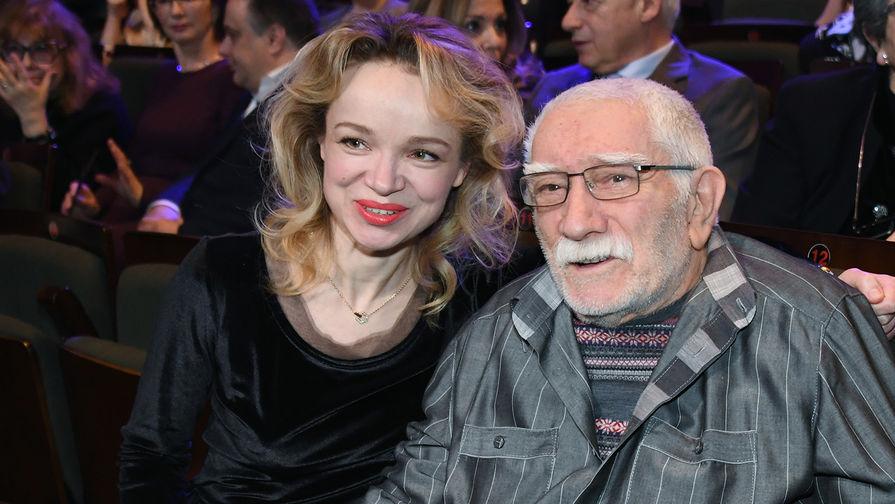 Цымбалюк-Романовская ответила на упреки Малахова после похорон Джигарханяна
