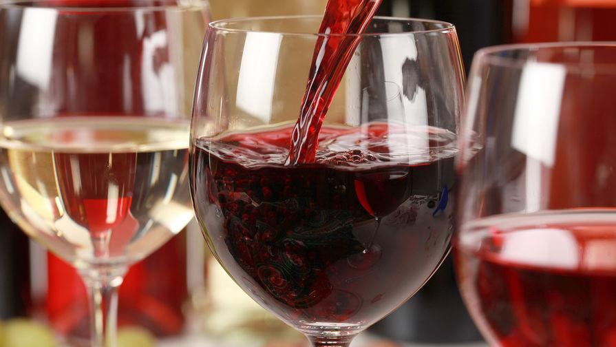 Французские эксперты оценили вкус вина, которое вернулось из космоса