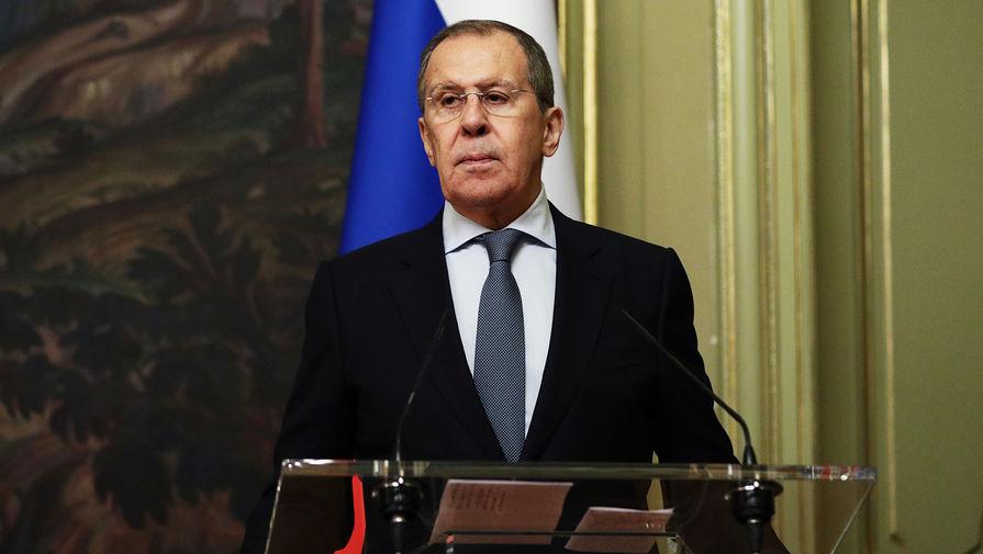 Лавров и глава МИД Азербайджана обсудили выполнение договоренностей по Карабаху