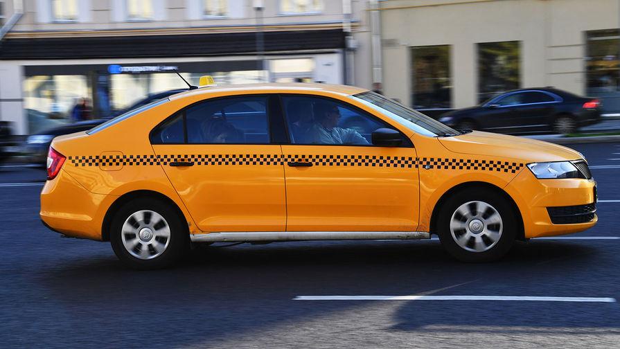 Власти Москвы призвали агрегаторы такси не завышать цены в новогодние праздники