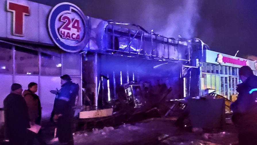 При пожаре на цветочном рынке в Краснодаре погиб один человек