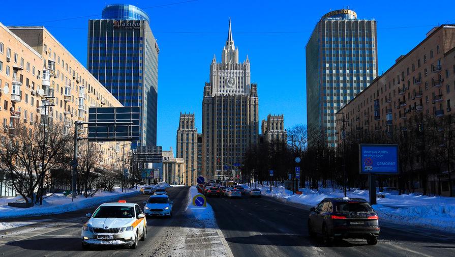 МИД: РФ вырабатывает меры от враждебных шагов против ее суверенного долга