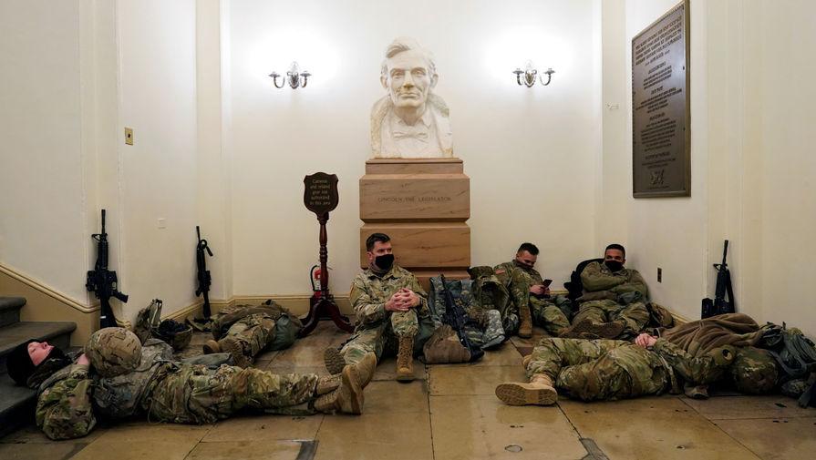 Пять тысяч бойцов Нацгвардии останутся в Вашингтоне до марта