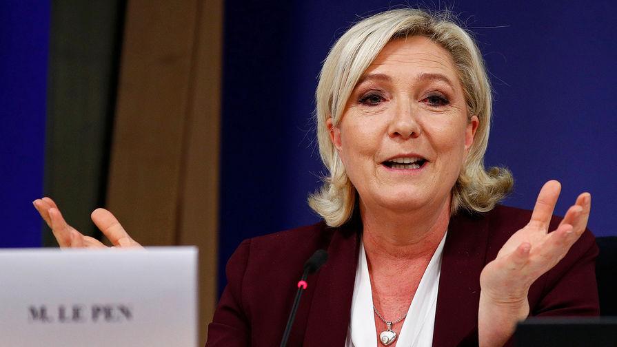 Ле Пен призвала к сотрудничеству с Россией по 'Спутнику V'