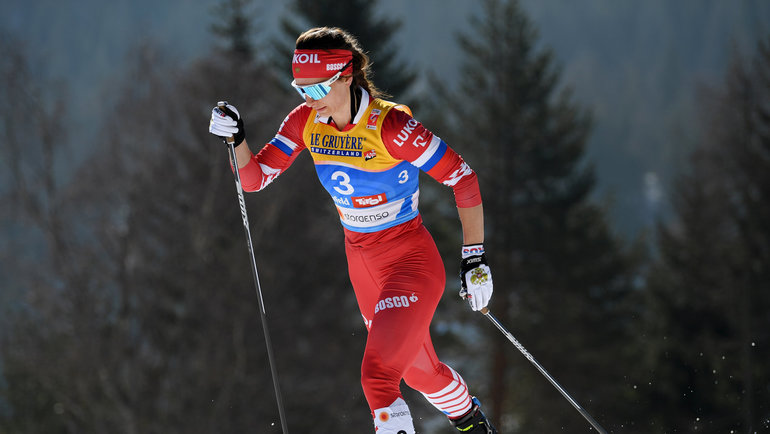 Лыжница Непряева сошла в индивидуальной гонке из-за травмы