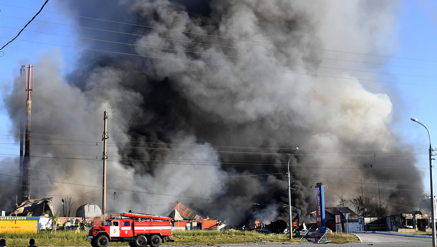 Шесть человек остаются в реанимации после пожара на автозаправке в Новосибирске
