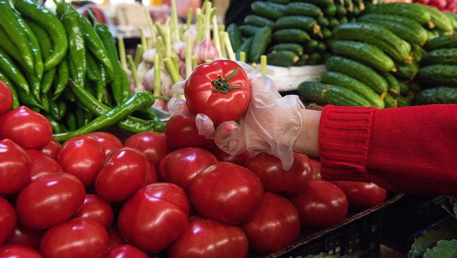 Россия разрешила ввоз томатов с одного предприятия в Азербайджане