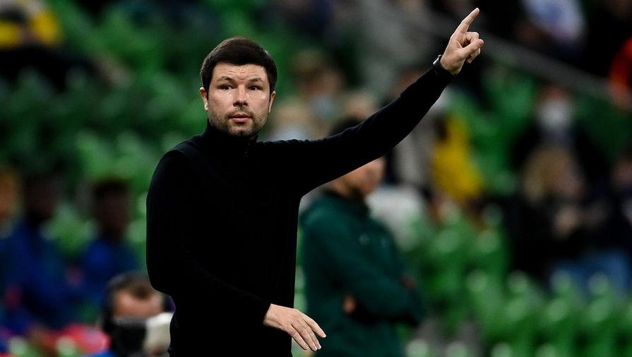 УЕФА условно дисквалифицировал главного тренера 'Краснодара' Мусаева