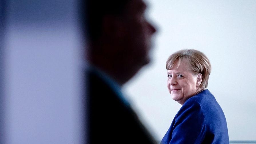Меркель провела телефонный разговор с Байденом