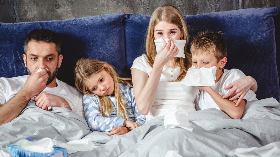 В РАН назвали срок возможного появления 'симбиоза' COVID-19 и гриппа
