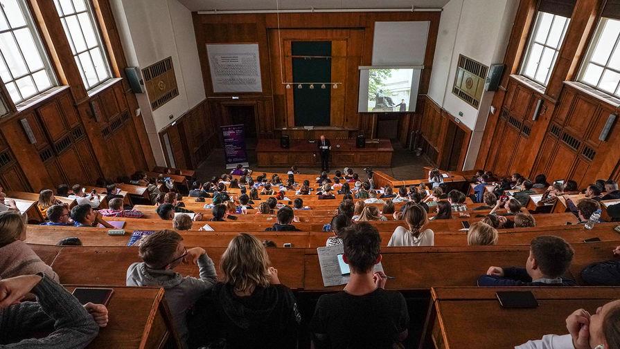Студентам из 26 стран стран разрешат вернуться в Россию