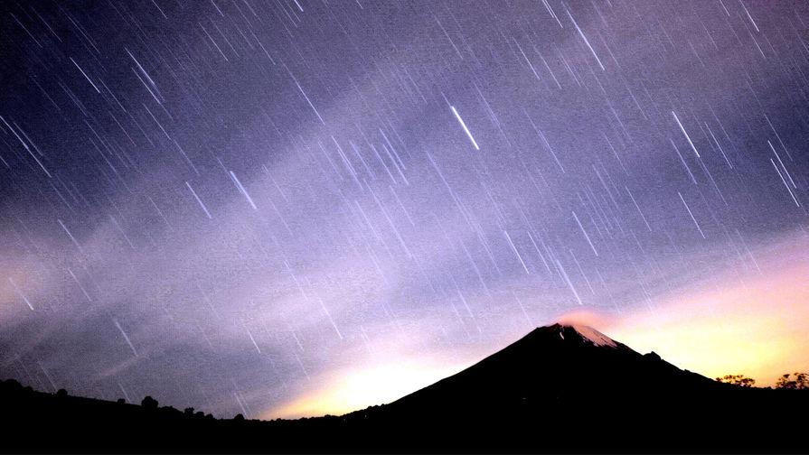Россияне смогут наблюдать пик метеорного потока в ночь на 14 декабря