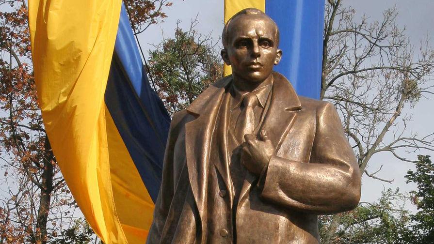 В Киеве прошло шествие в честь дня рождения Бандеры