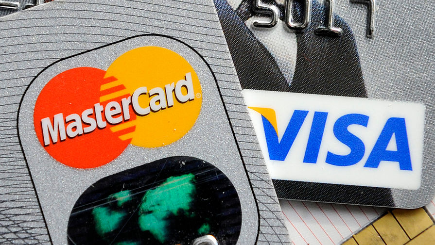 Число выпущенных банковских карт в России достигло рекорда