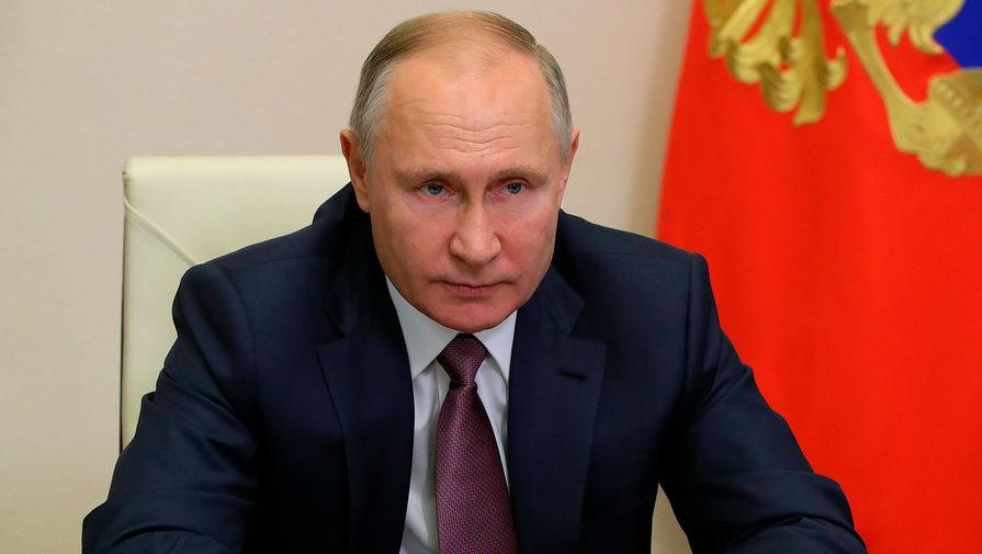 Путин внес на ратификацию в Госдуму договор о продлении ДСНВ