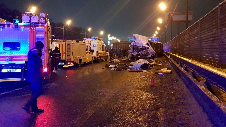 Число пострадавших в ДТП с военной колонной в Подмосковье выросло до 50