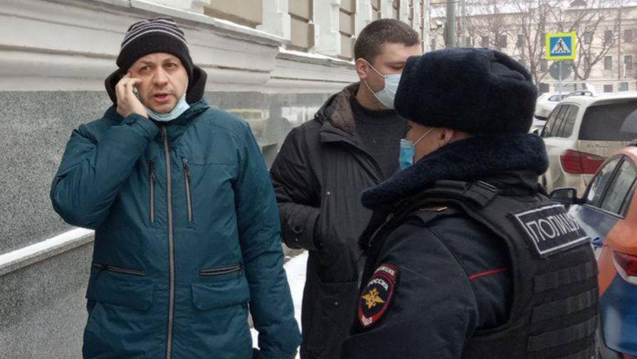 Мосгорсуд сократил до 15 суток срок ареста главреда 'Медиазоны' Смирнова