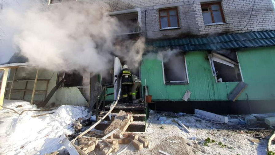Два человека погибли и 10 пострадали при взрыва газа в доме в Петропавловске