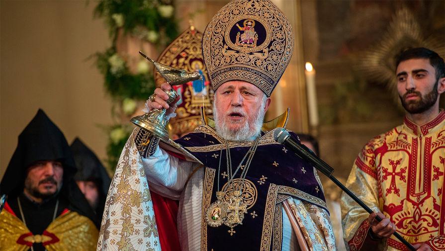 Католикос всех армян призвал Пашиняна уйти в отставку