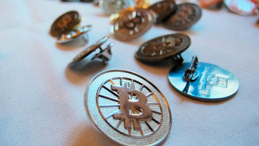 Стоимость биткоина впервые в истории превысила $38 тысяч