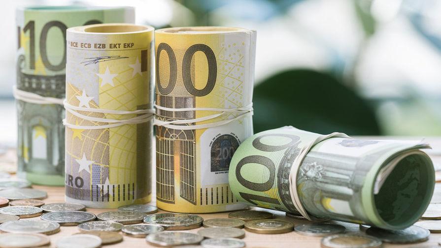 Официальный курс евро превысил 92 рубля