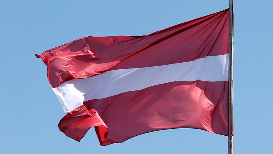 В Латвии хотят ввести штрафы за демонстрацию военной техники СССР