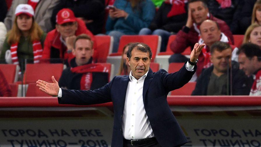 Директор 'Уфы' прокомментировал состояние здоровья главного тренера
