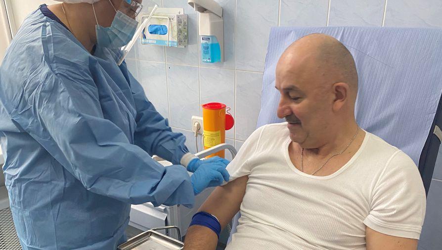 Черчесов посоветовал привиться российской вакциной 'Спутник V'
