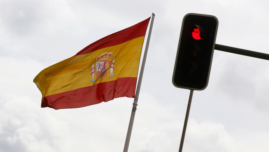 Испания запретила использование вакцины AstraZeneca для лиц старше 55 лет