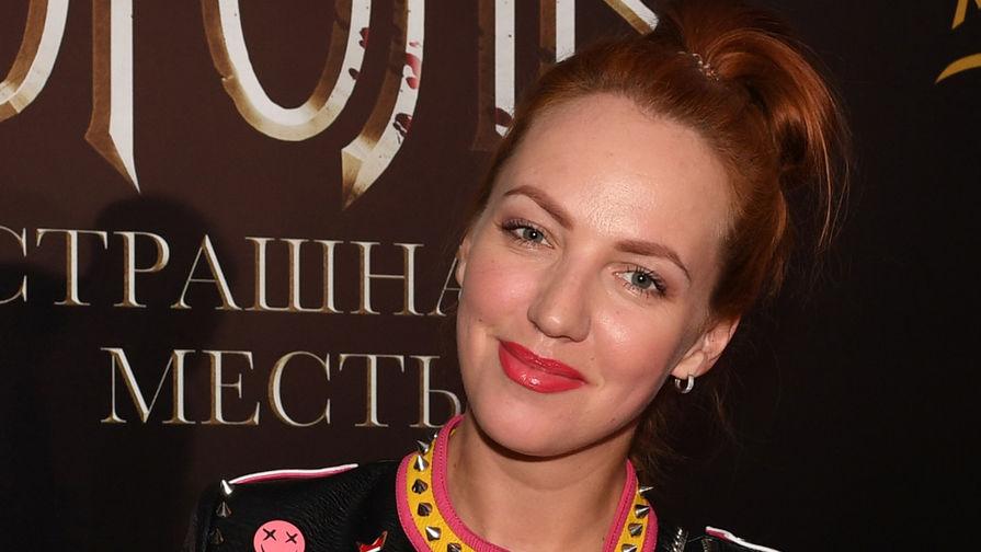 Звезда сериала 'Деффчонки' попала в аварию в Москве