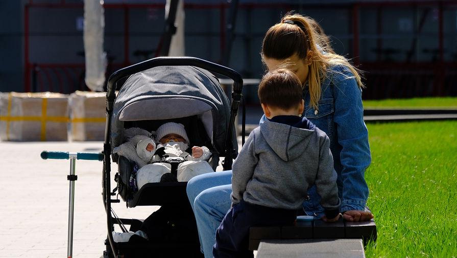 Минтруд изменит правила назначения выплат на детей от трех до семи лет