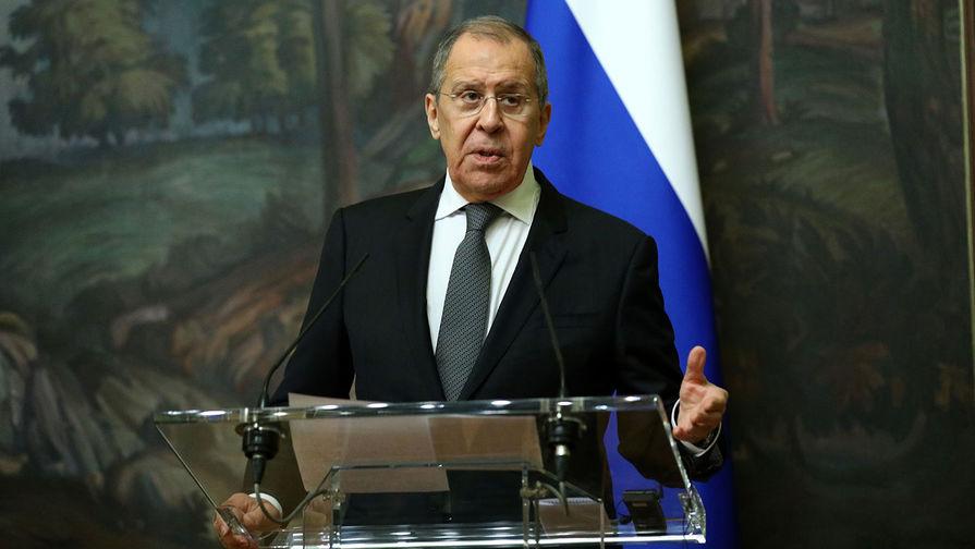 Лавров обвинил страны Запада в намерении ослабить все страны вокруг России