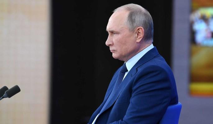 Путин высказался о новом сроке: Пока не решил