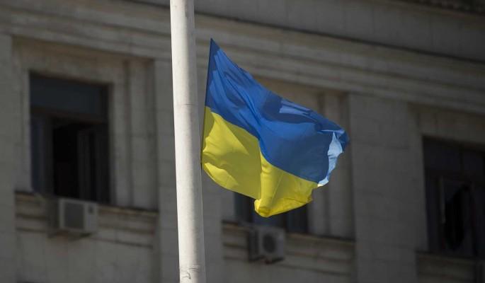 Затяжной политический кризис на Украине приведет к ее развалу – эксперт