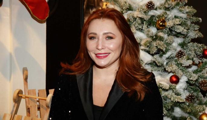 Анастасия Спиридонова поздравила читателей 'Дни.ру' с Новым годом