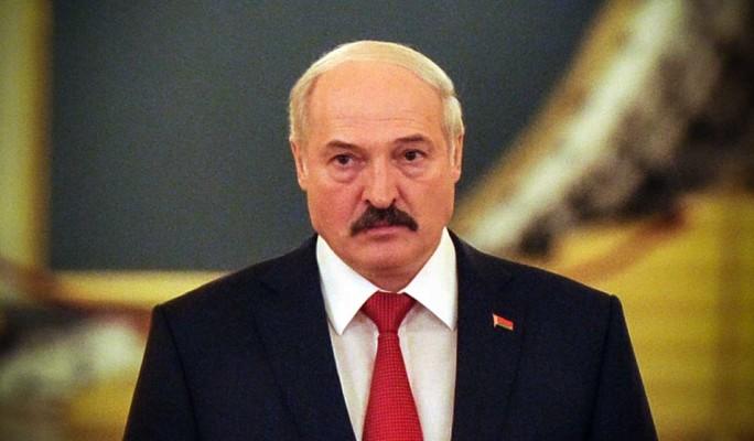 Белорусские чиновники служат Лукашенко из-за страха – эксперт Марголин